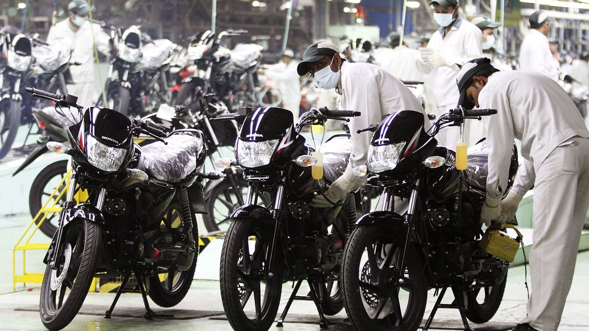 Two-Wheeler Firms Start Pushing BS-VI Inventory As Carmakers Wait