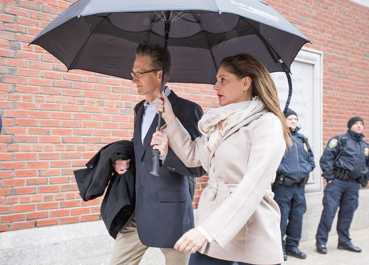 Parents in College Admissions Scandal Change Pleas to Guilty