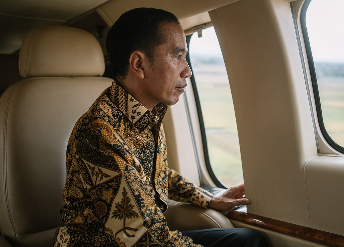 Indonesia Oligarchs Are Trying to Yank Power From the President