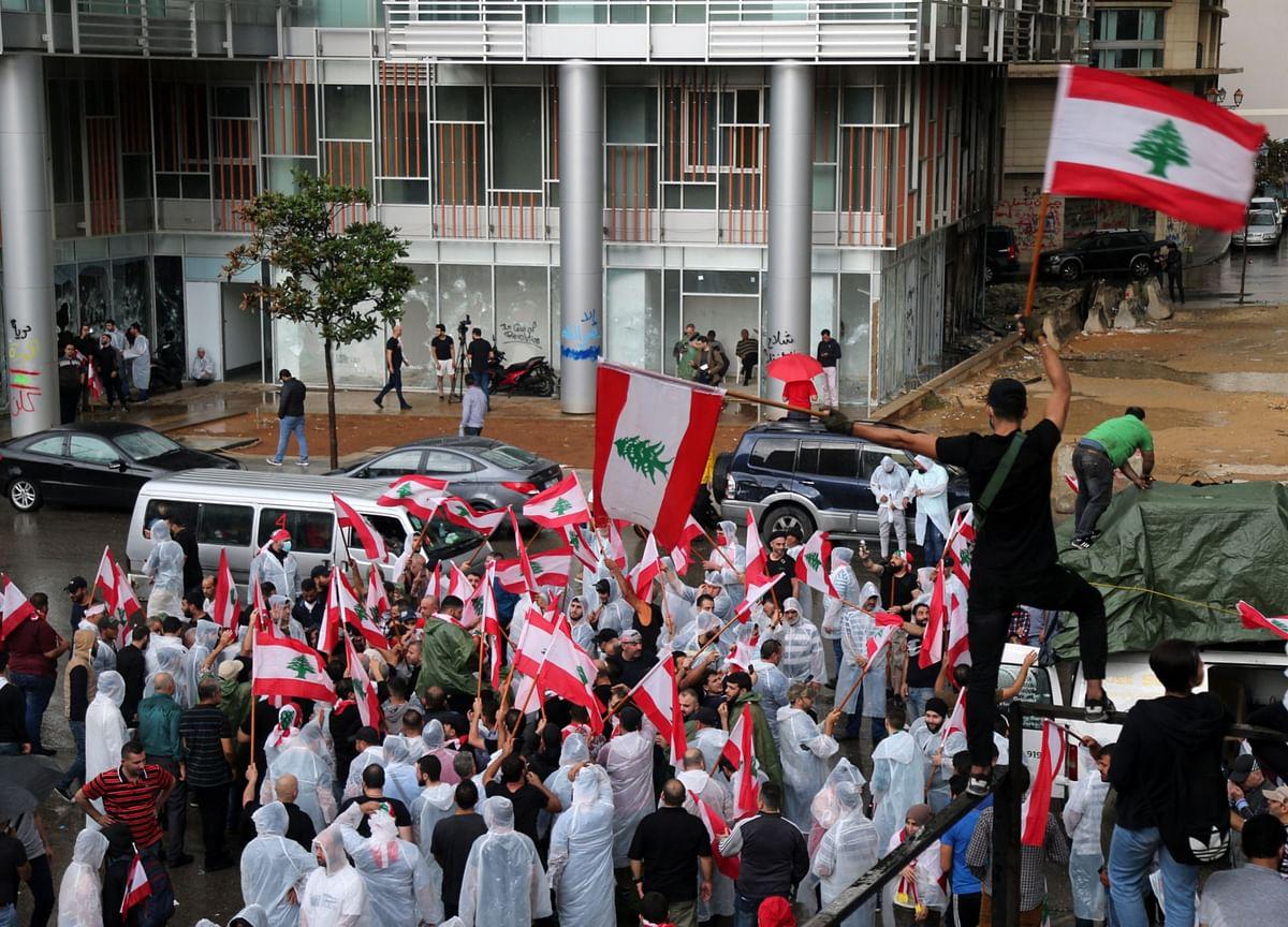 Khamenei Signals Iran Opposition to Uprisings in Lebanon, Iraq