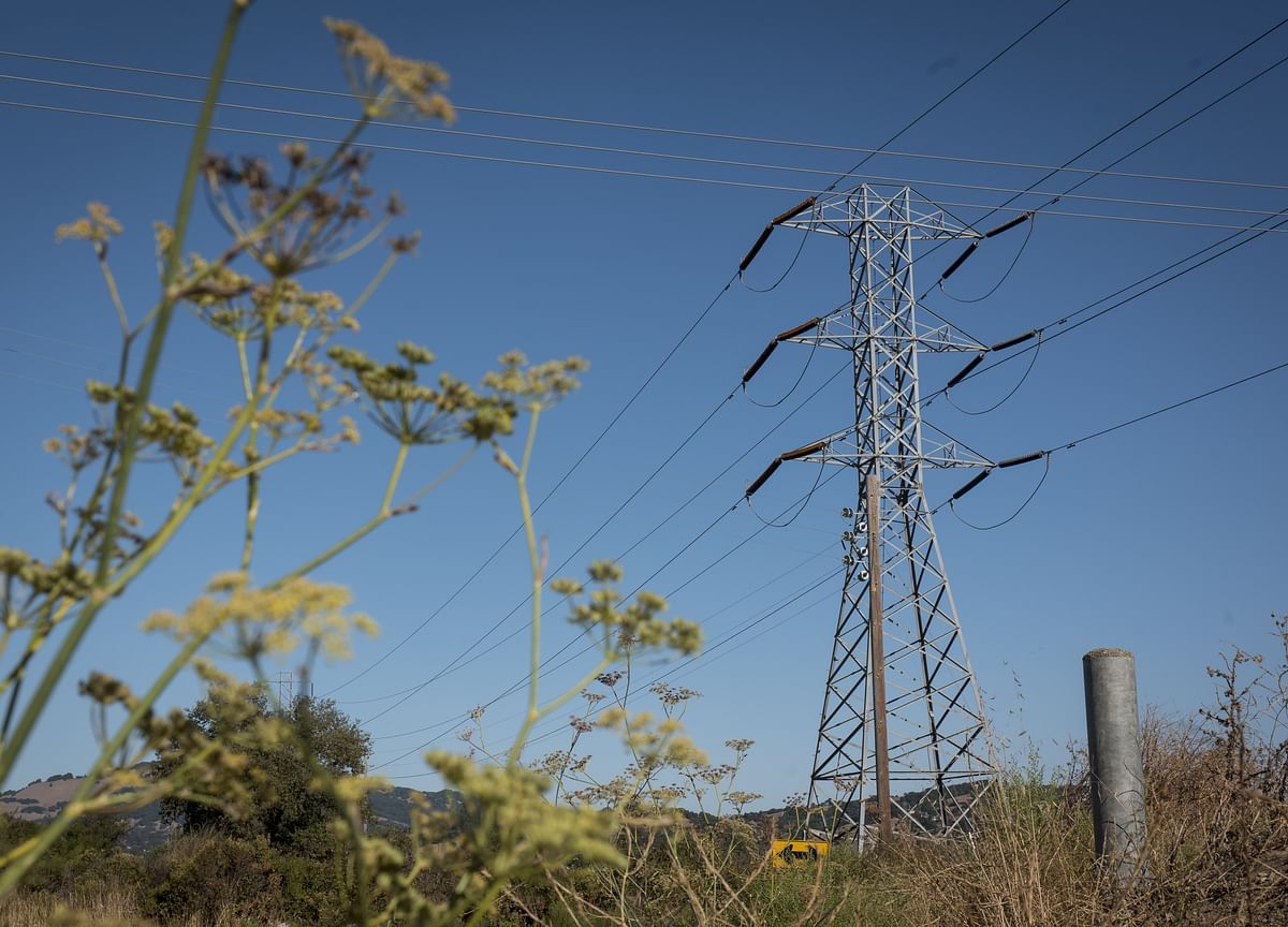 California's Blackout Moves South as 1.1 Million Face Cuts