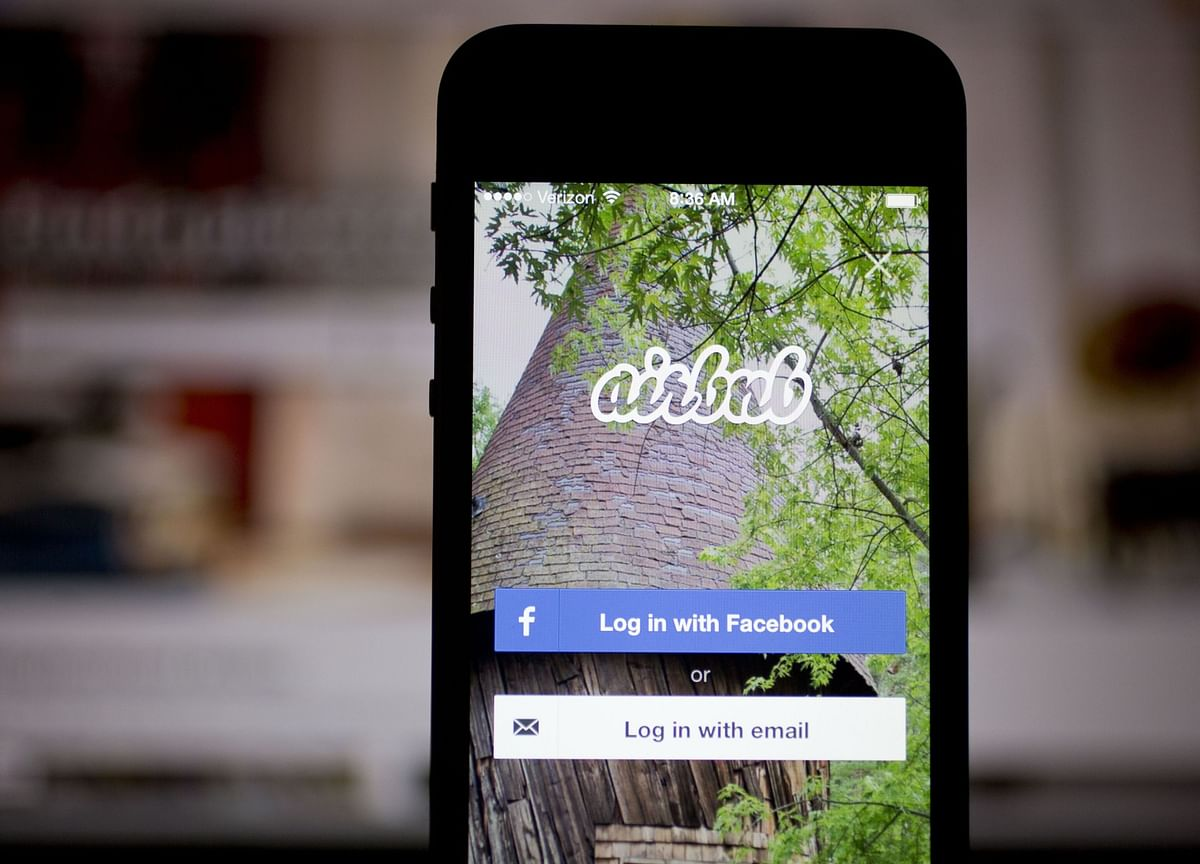 Airbnb Revamps Corporate Governance, Tying Bonuses to Safety