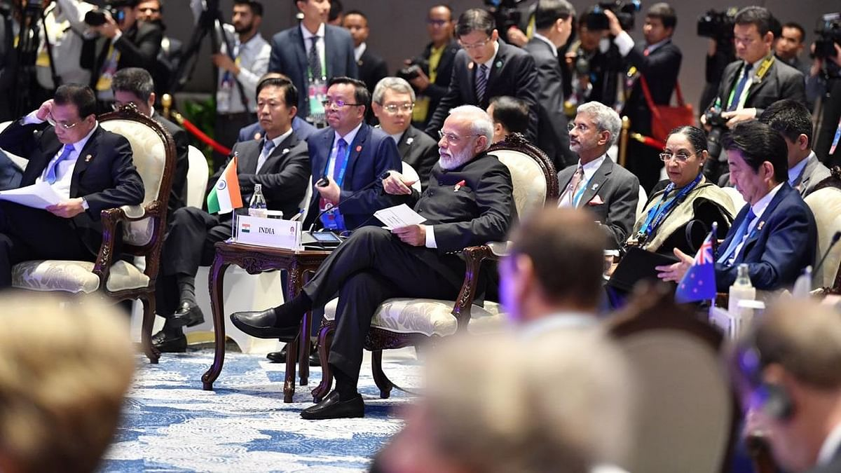 Prime Minister Narendra Modi with ASEAN leaders in Bangkok, on Nov. 4, 2018. (Photograph: PTI)