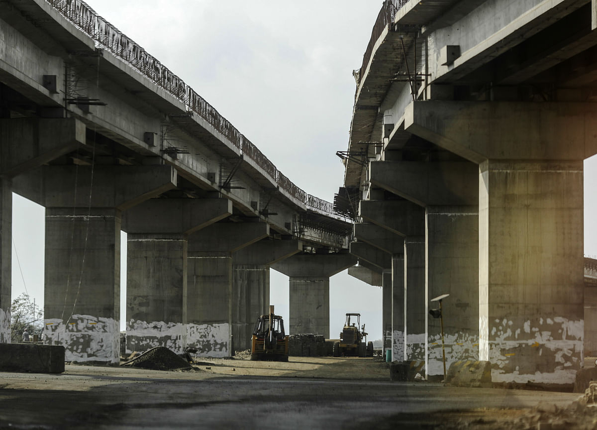 Government Says 355 Infrastructure  Projects Showing Cost Overrun