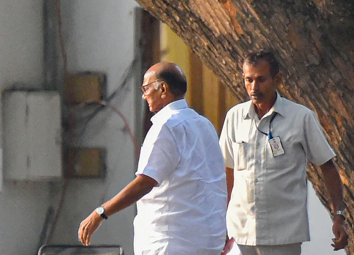 Sharad Pawar Meets Sonia Gandhi To Discuss Government Formation In Maharashtra