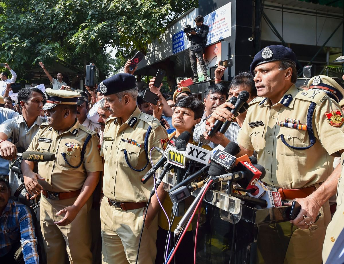 Delhi Police Commissioner Amulya Patnaik addresses his colleagues (Source: PTI)