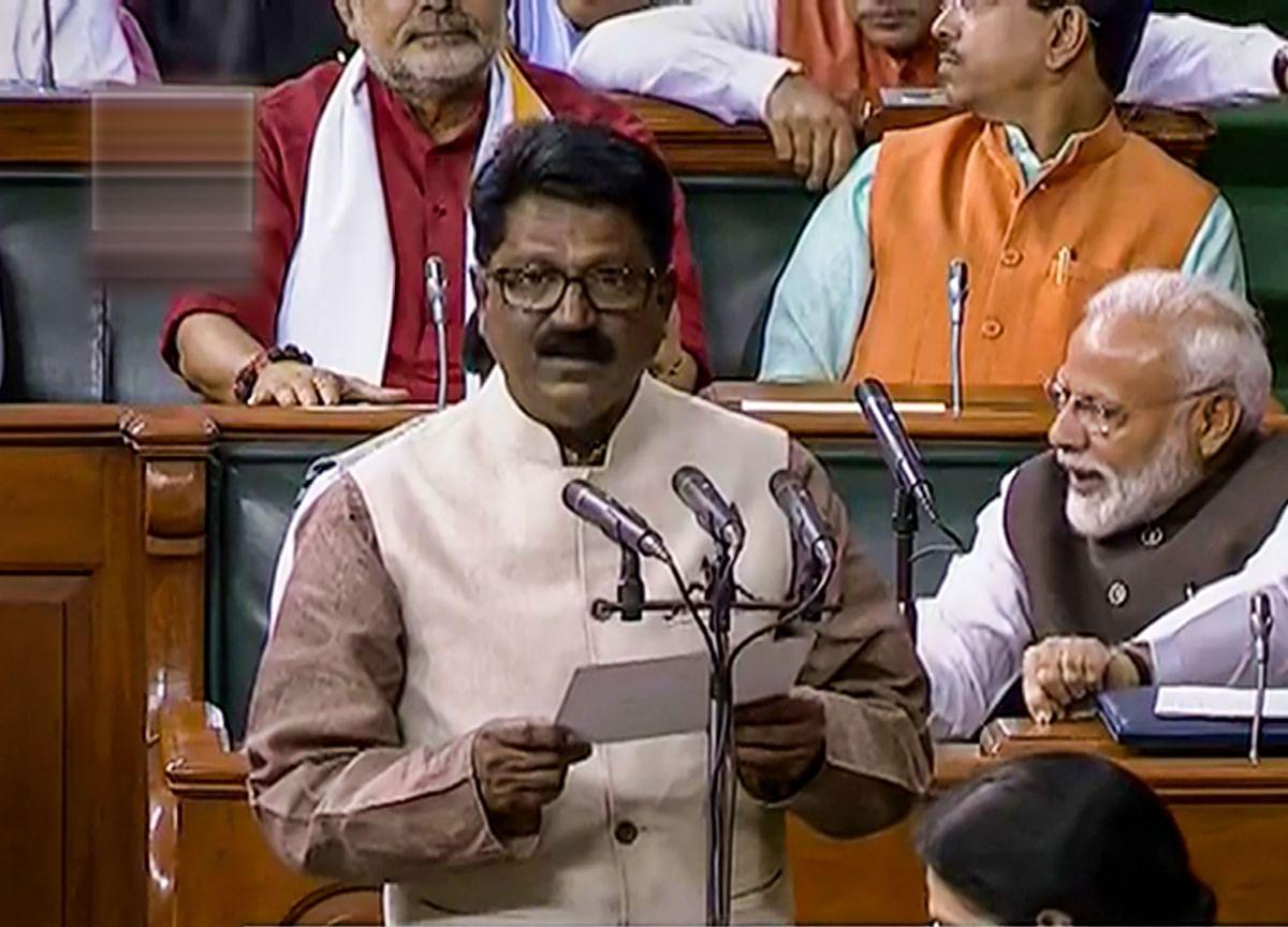 Shiv Sena Leader Arvind Sawant Announces Resignation As Minister, Says No Trust Left