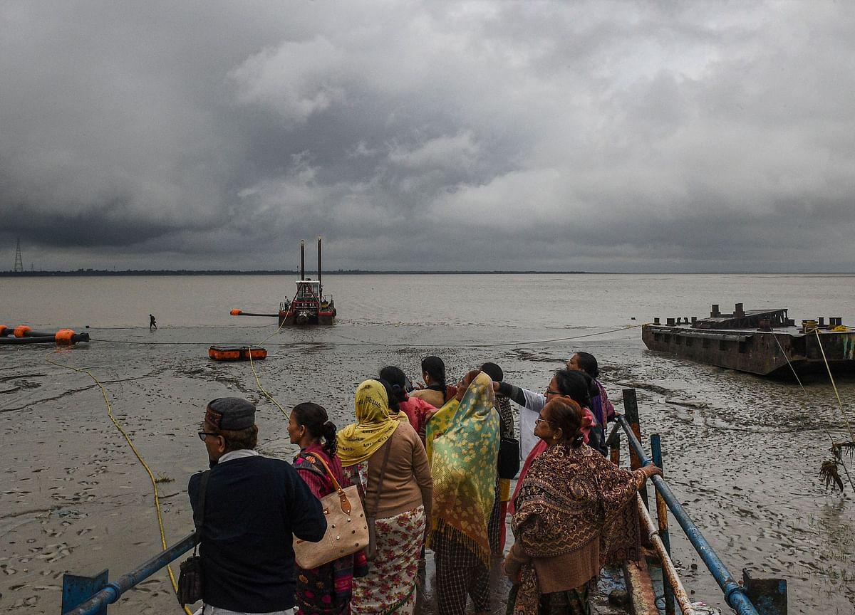 Two Killed, Over 21 Lakh People Evacuated As Cyclone Bulbul Hits Bangladesh