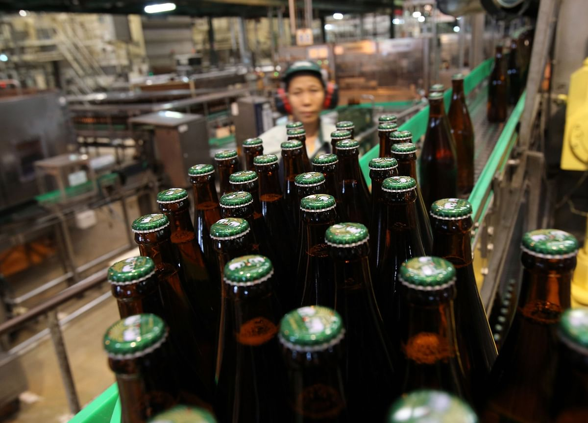 ThaiBev Considering a Singapore IPO of $10 Billion Brewery Business