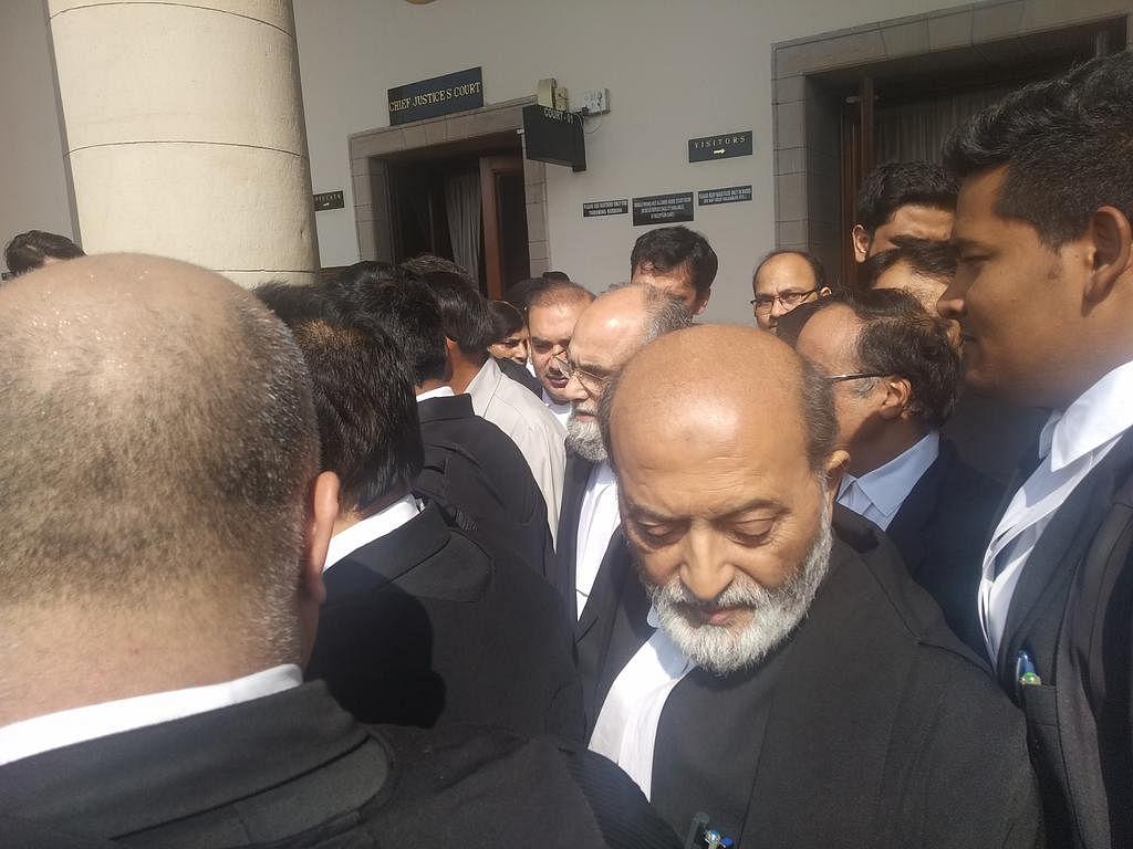 Sunni Waqf Board Counsel  Zafaryab Jilani leaves the court room. (Photo: BloombergQuint)