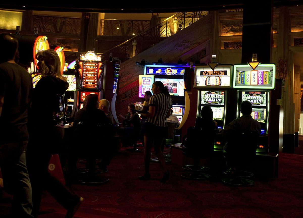 Vegas Nightclub Boom Ends With $28 Million Palms Bar Writeoff