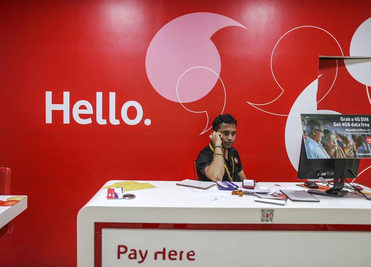 Vodafone CEO Says India Venture Is at Risk of Collapse