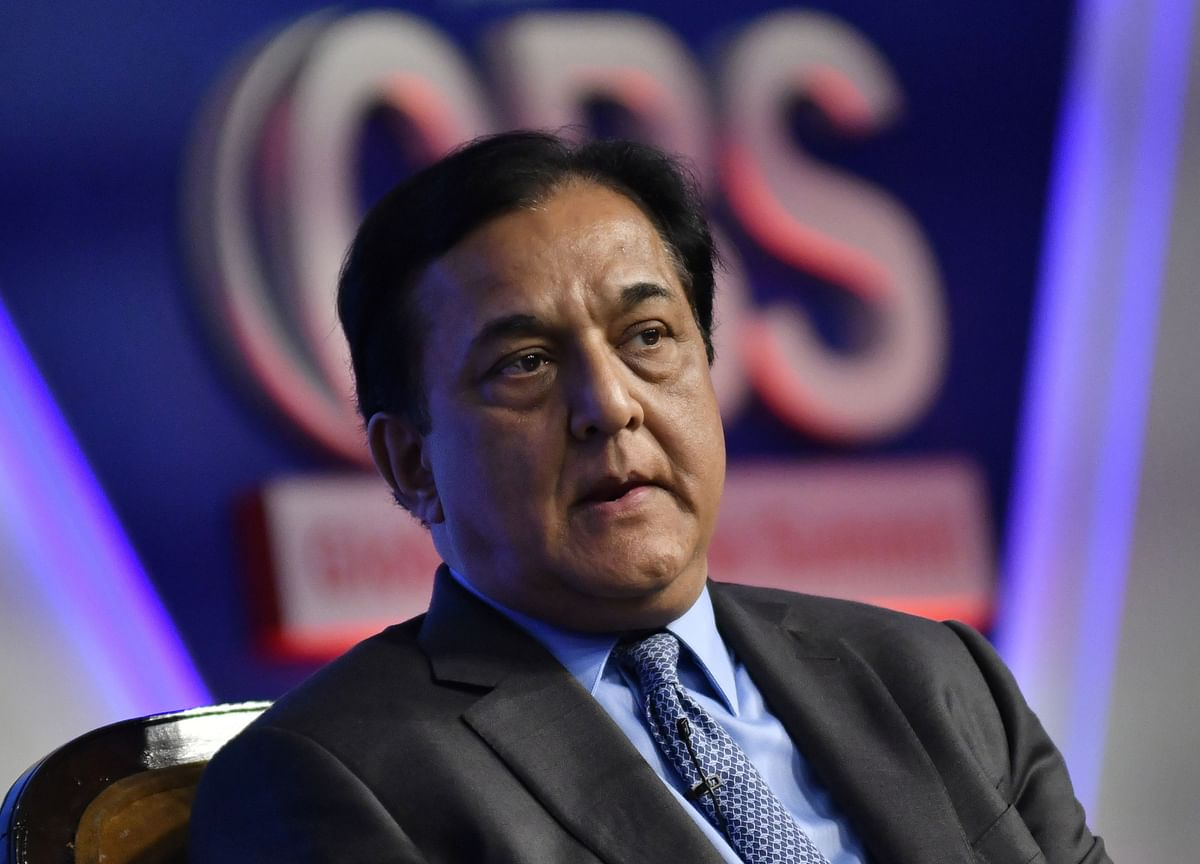 Rana Kapoor Sells All But 900 Shares Of Yes Bank
