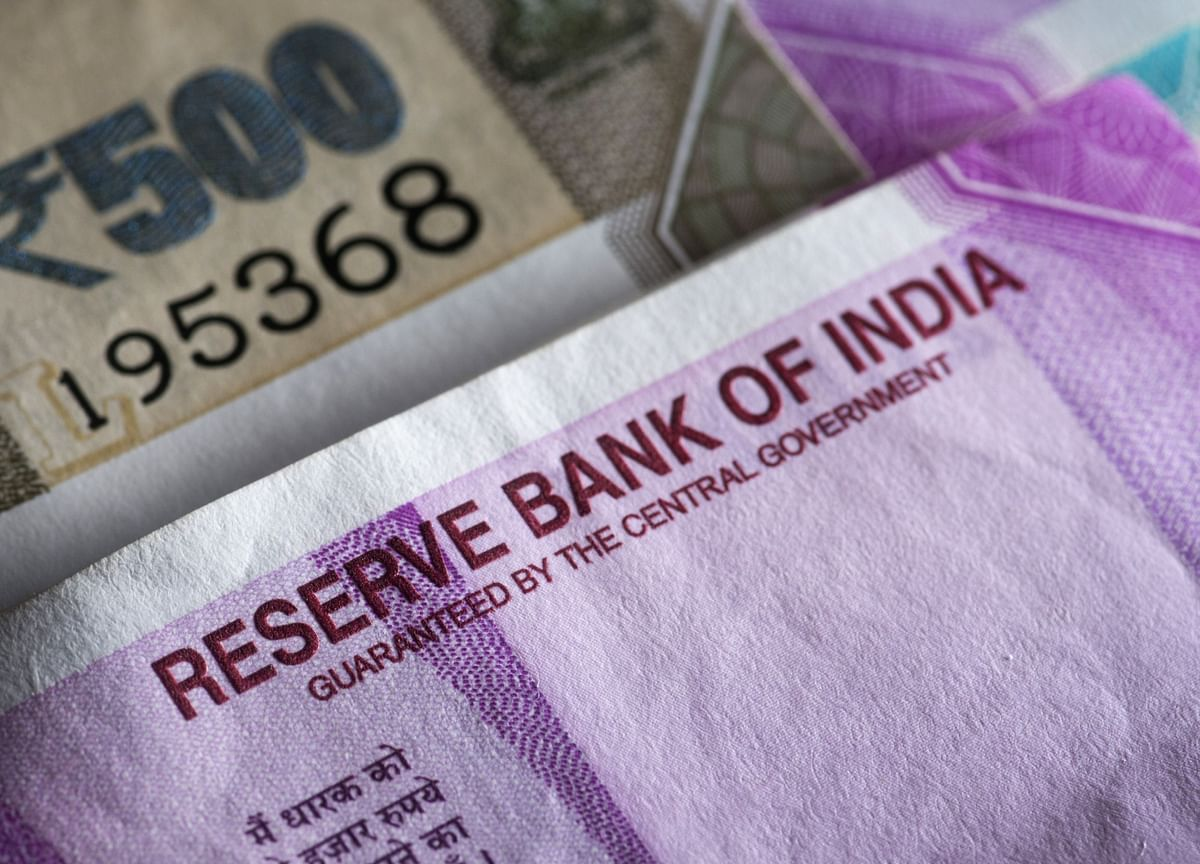 India Considers Easing Lending Rules for Shadow Banks, Sources Say