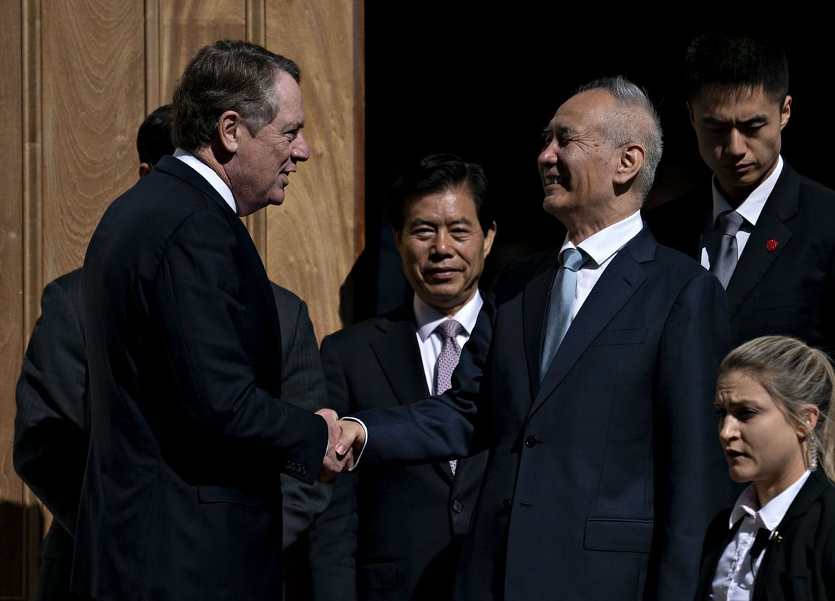 U.S., China Dust Off Corporate Deals Before Trade Pact Signing