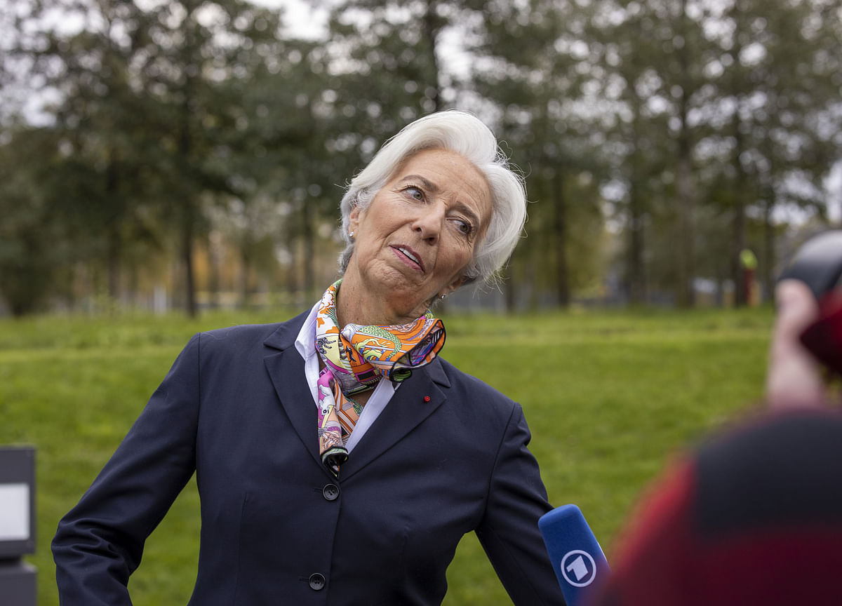 Lagarde Wants an `Economic Ballet.' It Could Be a Mosh Pit.