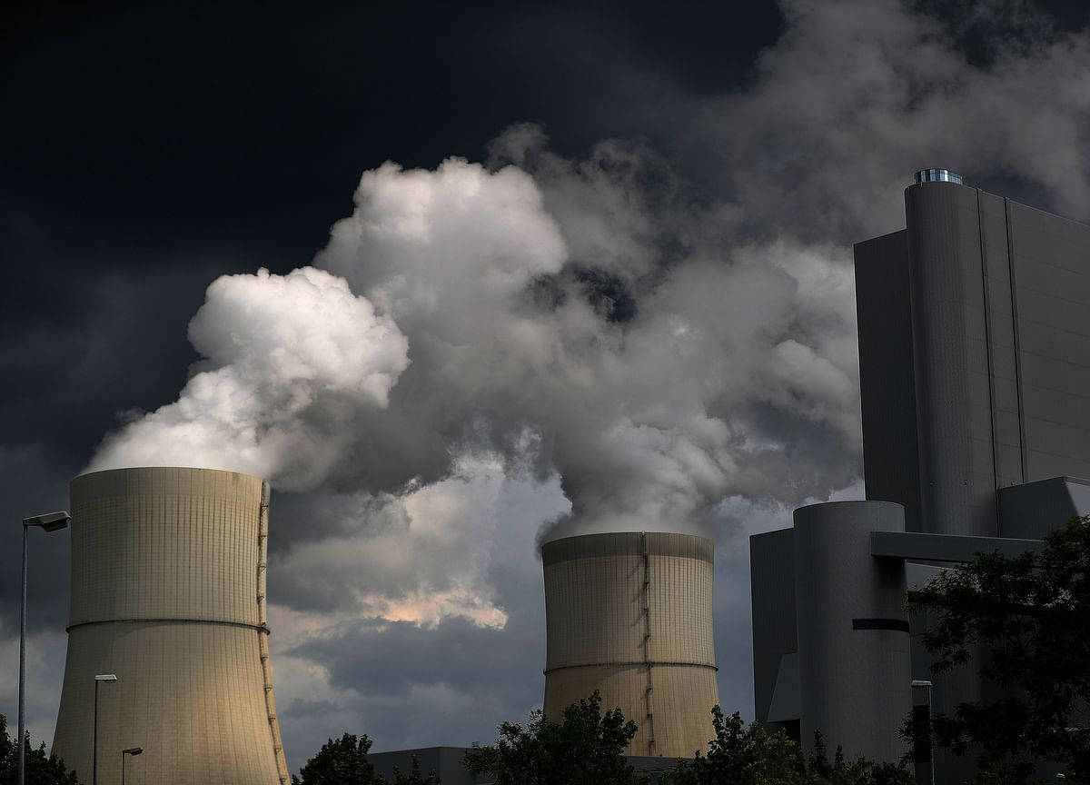 Biggest Fall in Global Emissions Shows the Limits of Individual Action