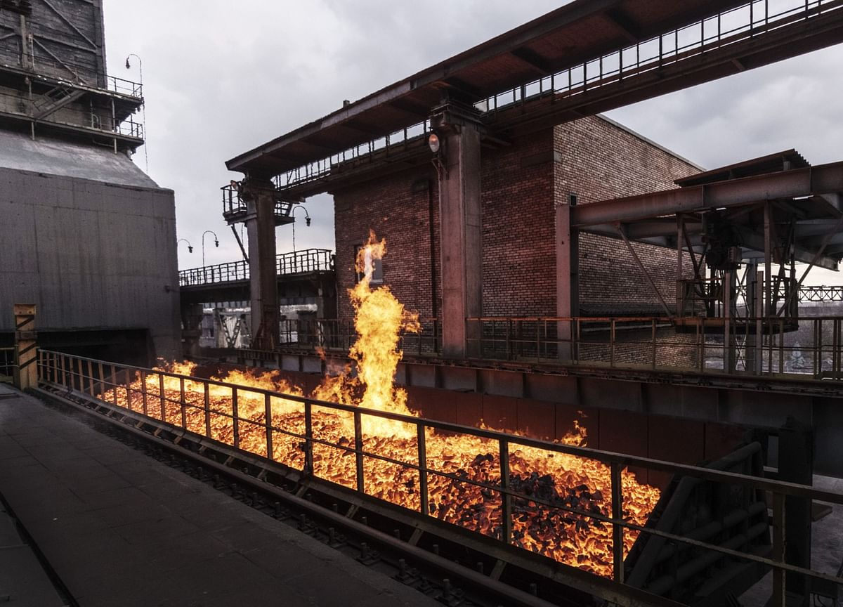 India's Steel Output Falls For Second Straight Month