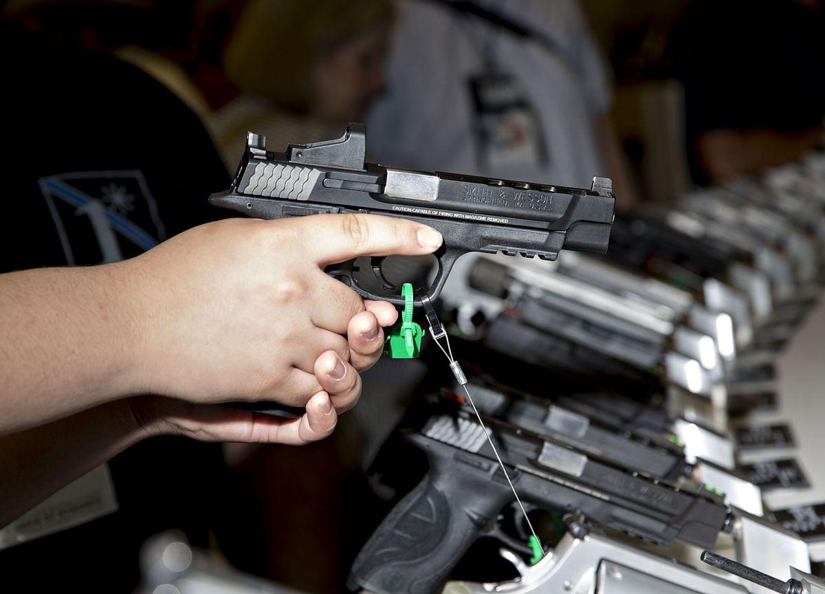 FBI Calls Florida Shooting 'Terrorism', Saudi's MBS Phones Trump