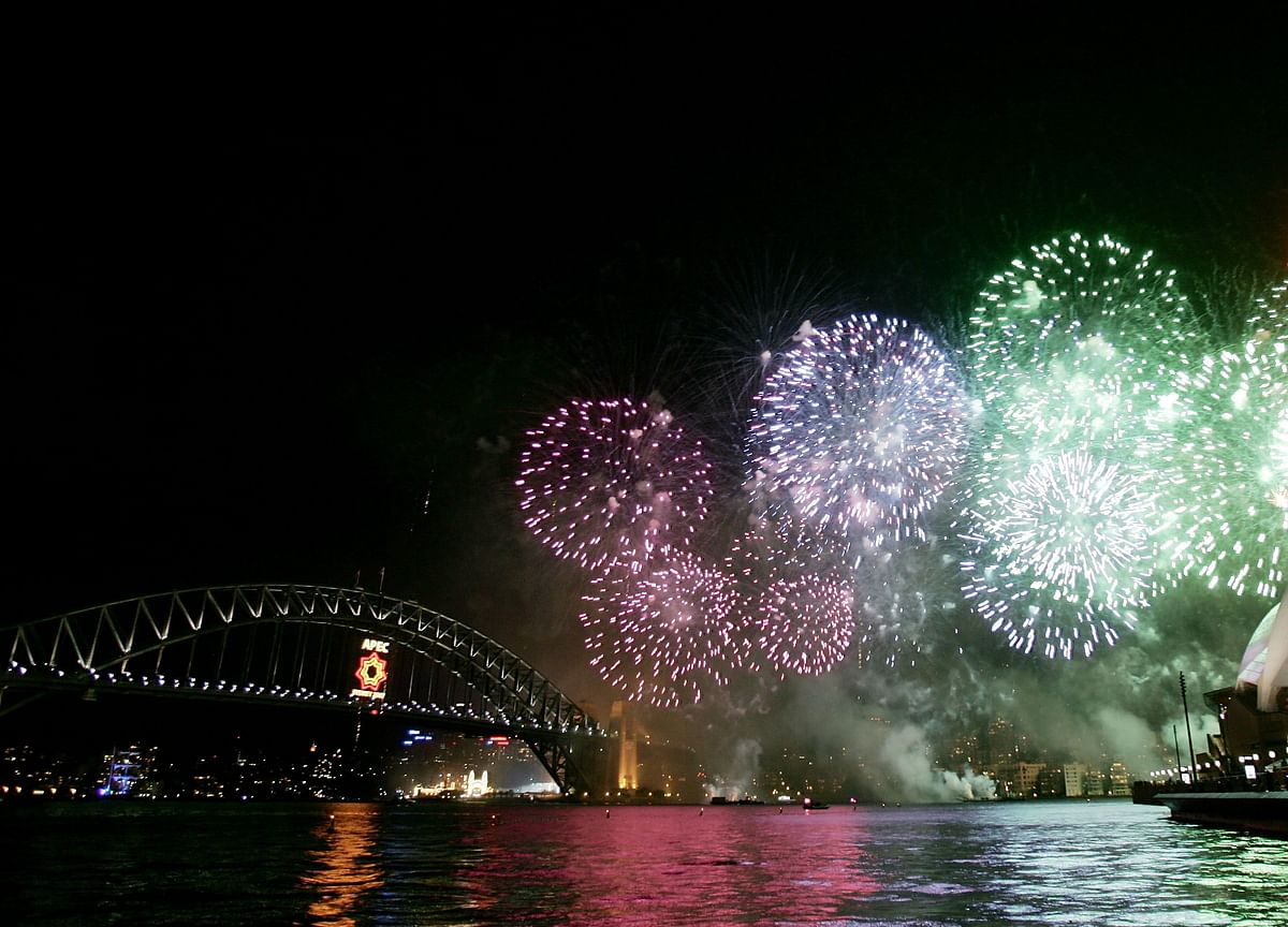 Sydney New Year's Party With Fireworks Is a Go as Fires Rage On