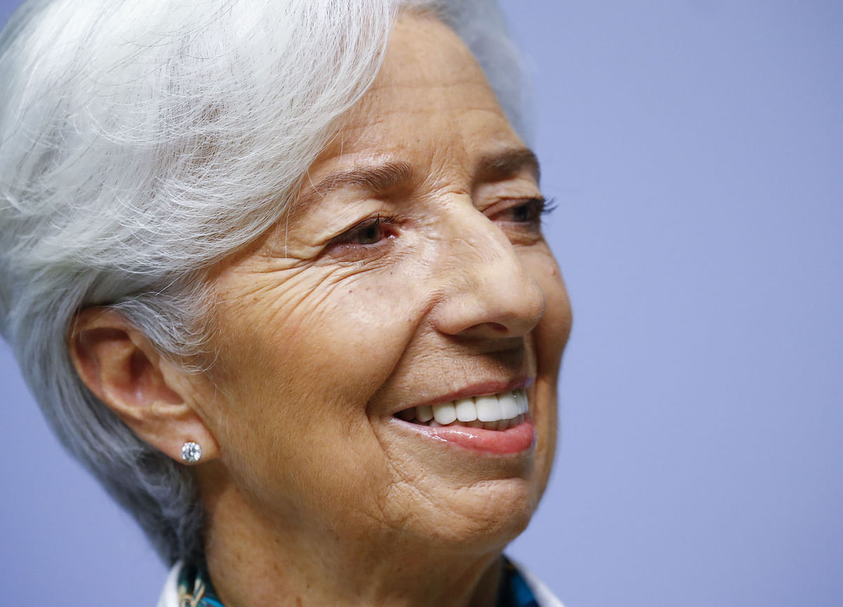 Some ECB Officials Wanted Lagarde to Mention Subzero Rate Risks
