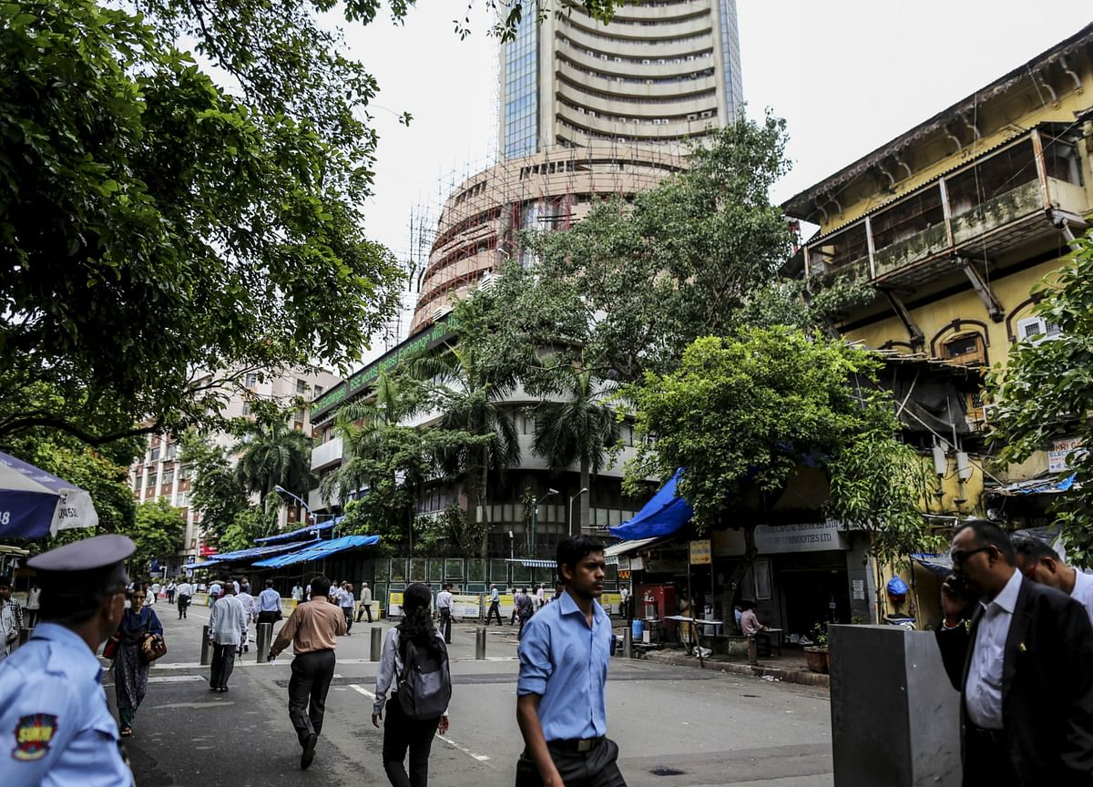 MPC's Surprise Pause, Year's Best IPO And Birla's Warning: Weekly Wrap