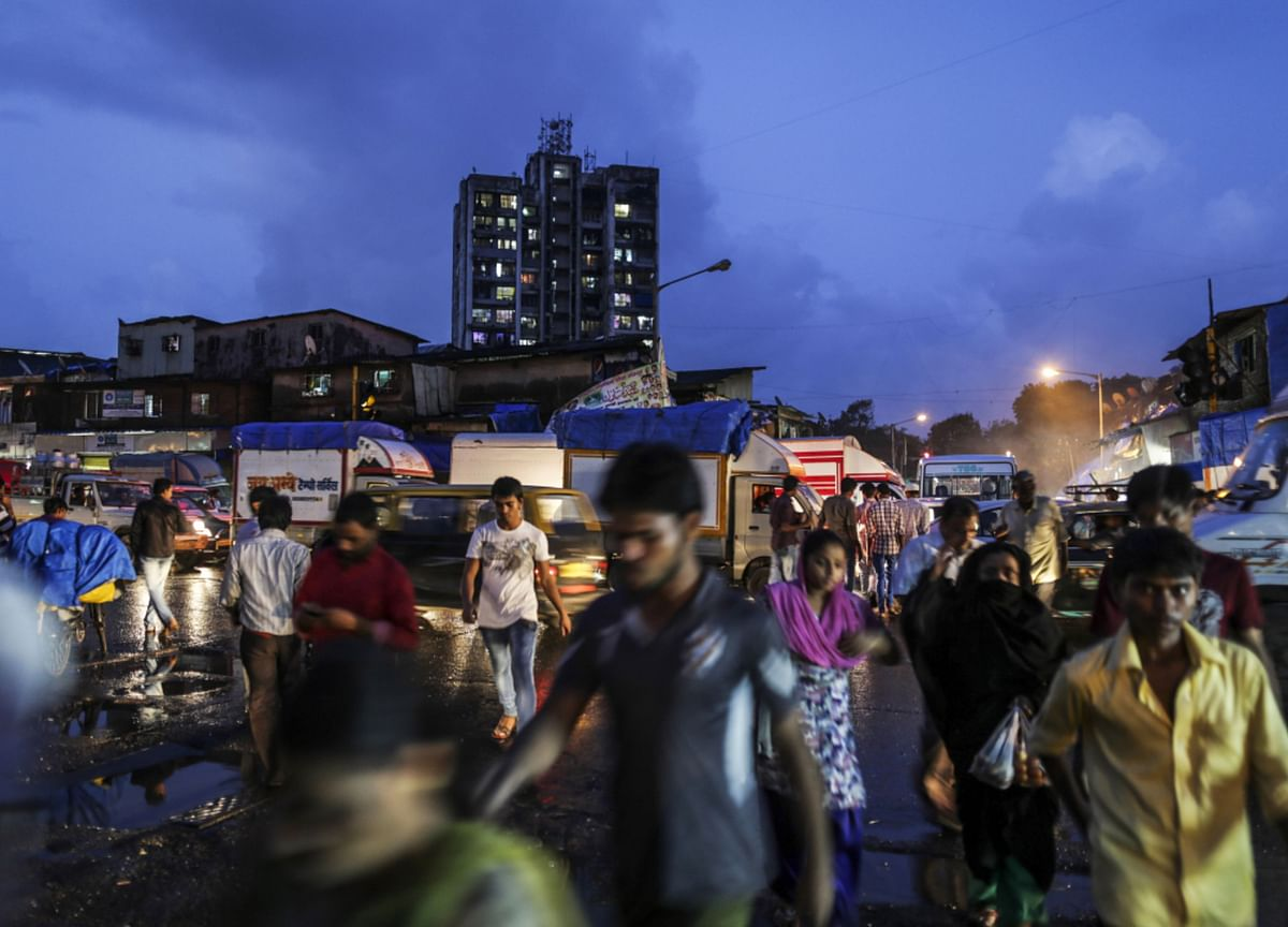 Mumbai Races to Keep the Virus From Asia's Most Crowded Slum