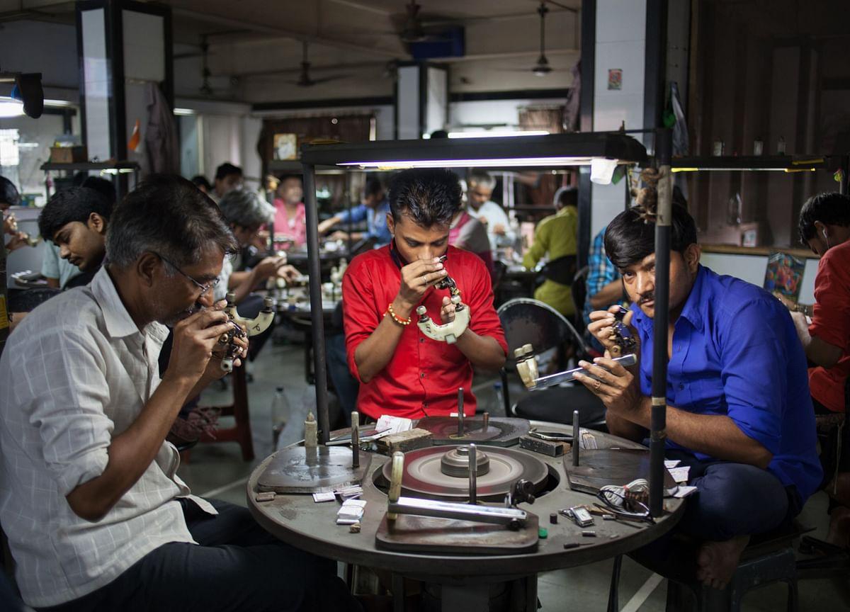 Virus Curbs Set to Deepen Slump in India's Diamond Exports