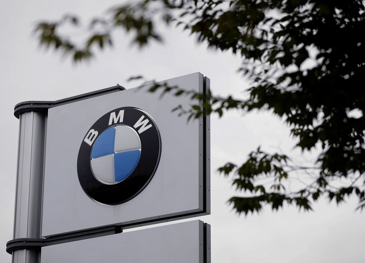BMW Spoils Auto Earnings Optimism With Warning of Virus Risk