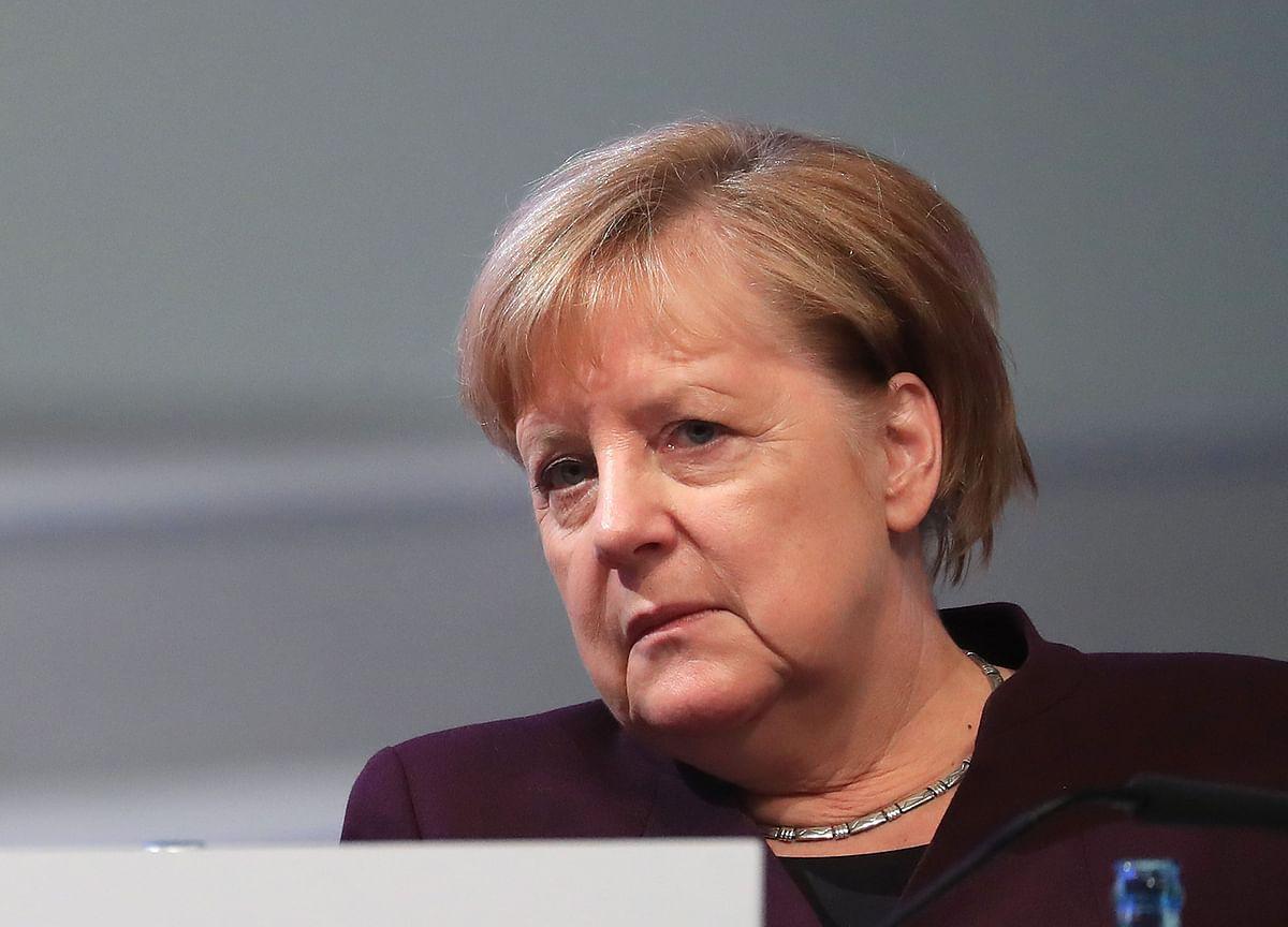 Merkel Faces Revolt Over Huawei as Lawmakers Seek Full Ban