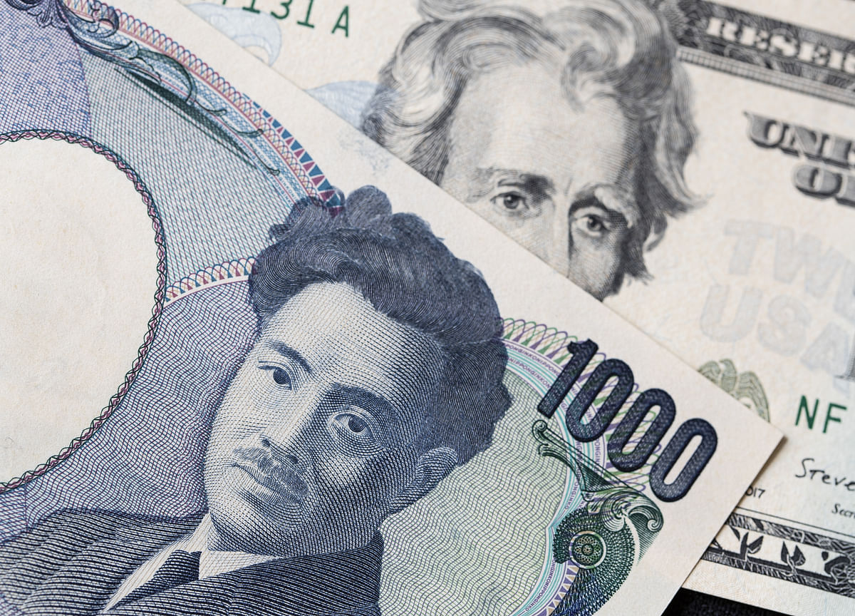 Japan Hunts For 6% Yield With Funds Buying Record Asia Bonds