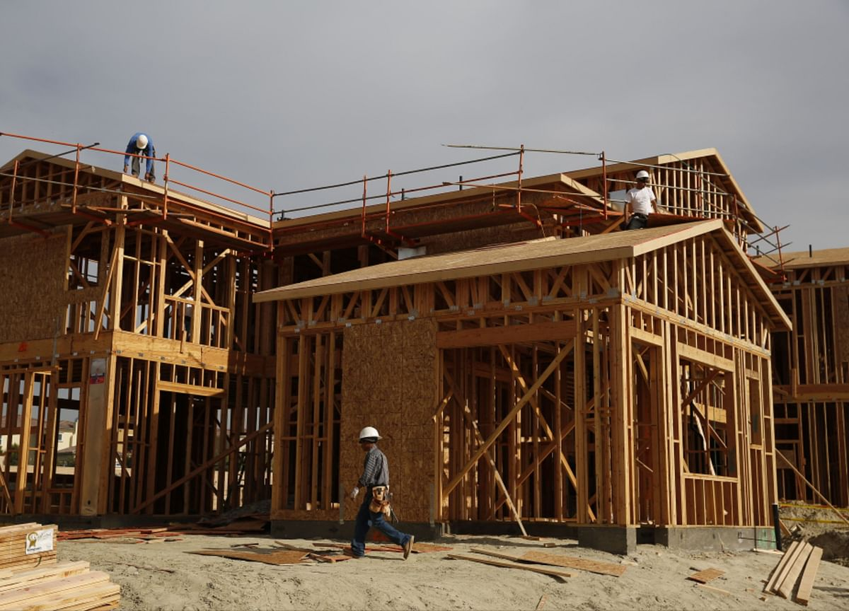 U.S. New-Home Sales Rise to Cap Best Three Months Since 2007