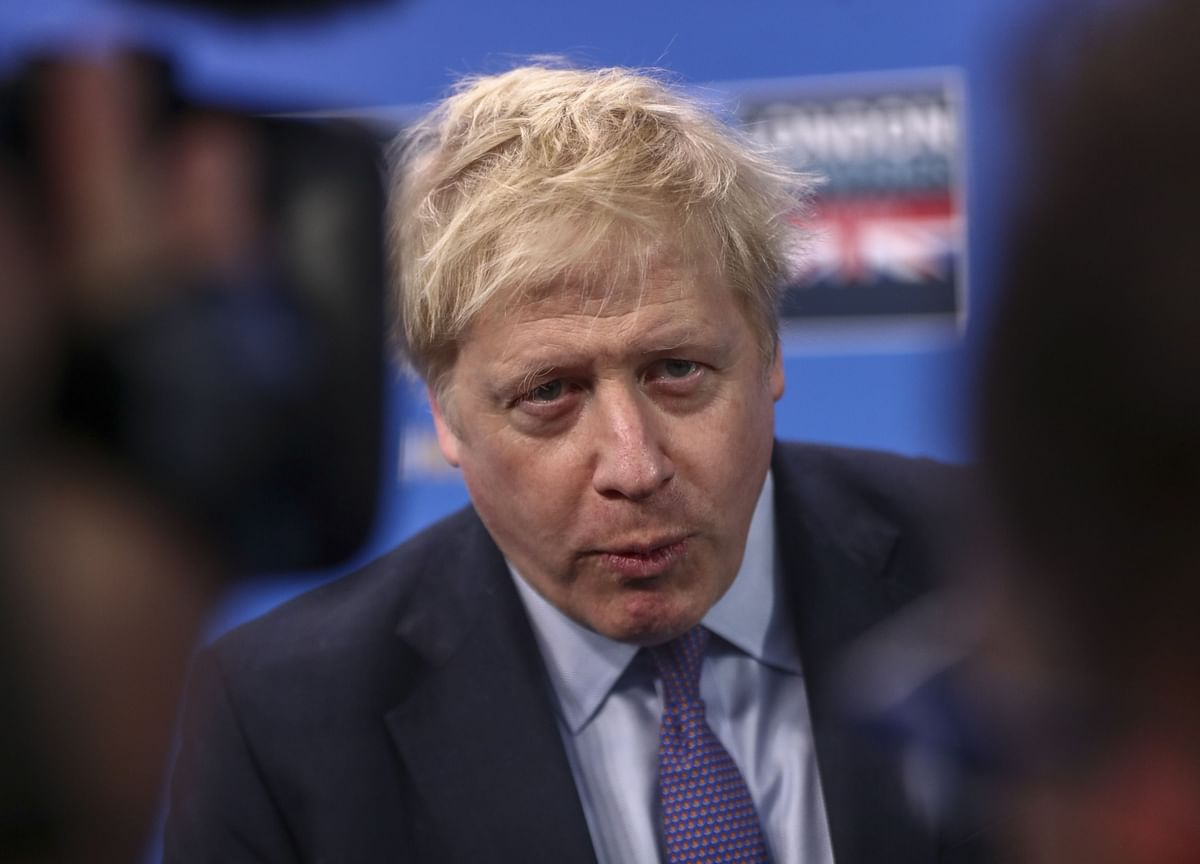 Johnson Returns to Key Brexit Message as Polls Put Him Ahead