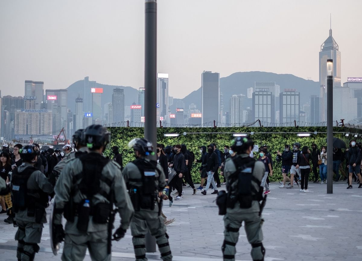 China Spares Trade in First Retaliation to U.S.'s Hong Kong Law