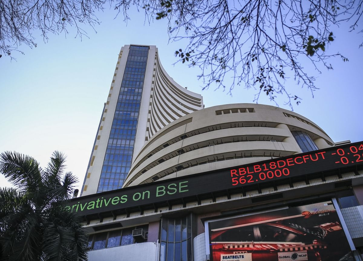 India Stocks Rise as Investors Bank on Economic Recovery in 2020