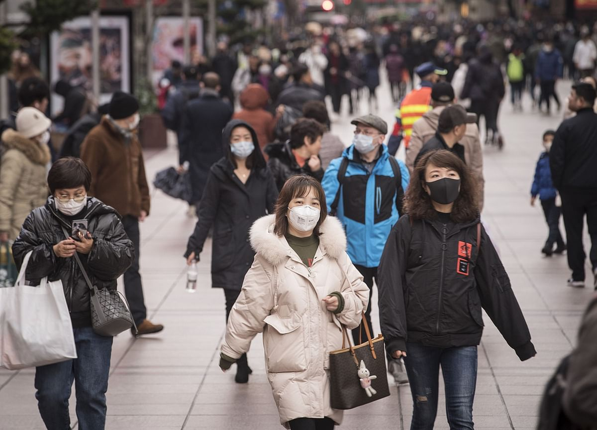 Singapore Reports Virus Case as China Limits Some Travel