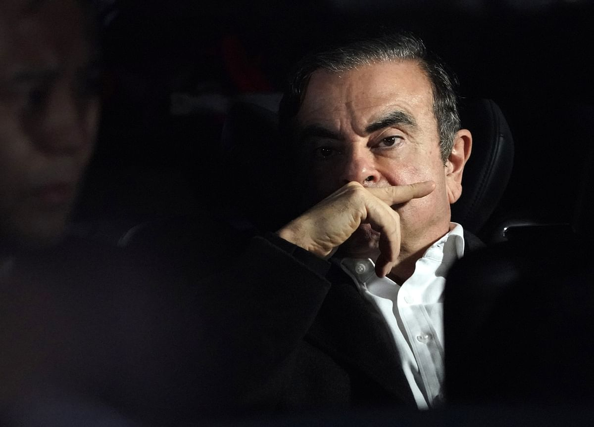 Ghosn Distances Family Members From Mysterious Japan Getaway