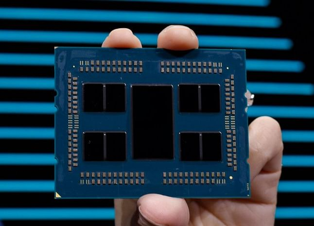 AMD Projects Quarterly Sales That Fall Short of Estimates