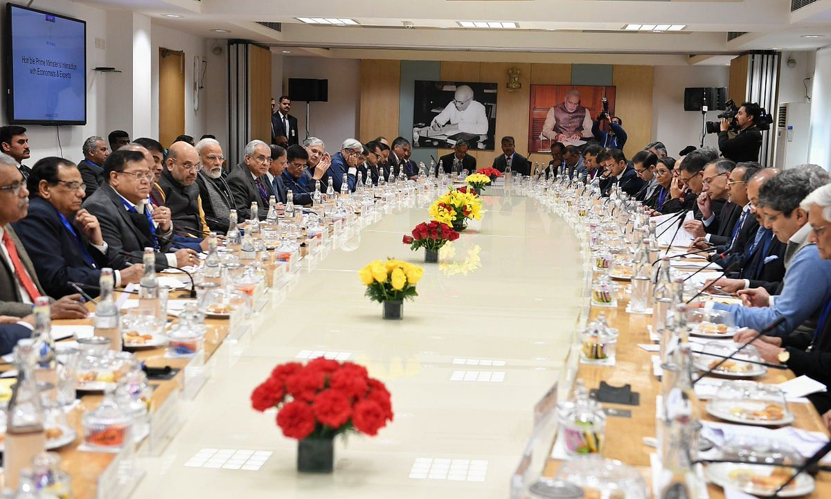 Prime Minister Narendra Modi interacting with economists and experts in a meeting held at NITI Aayog. (Source: PIB's verified twitter handle)