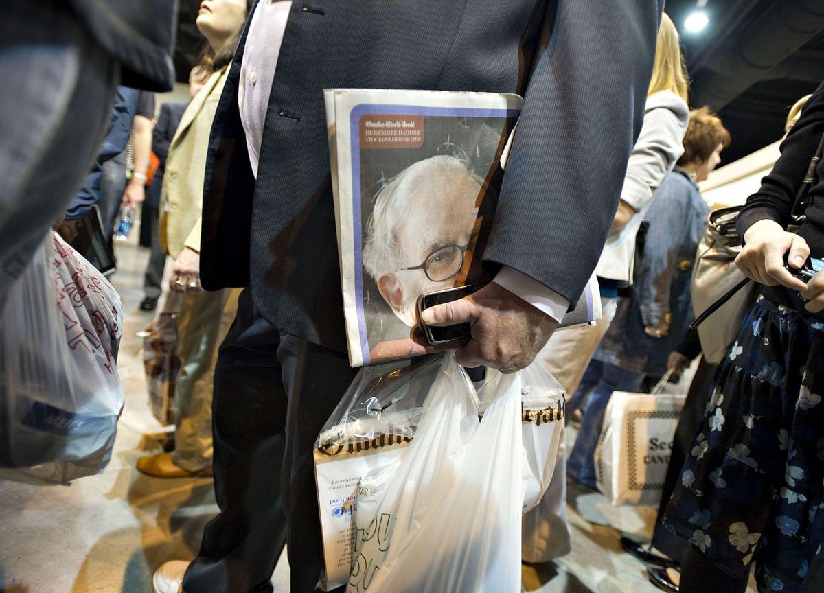 Warren Buffett Says Goodbye to His Struggling Newspaper Business