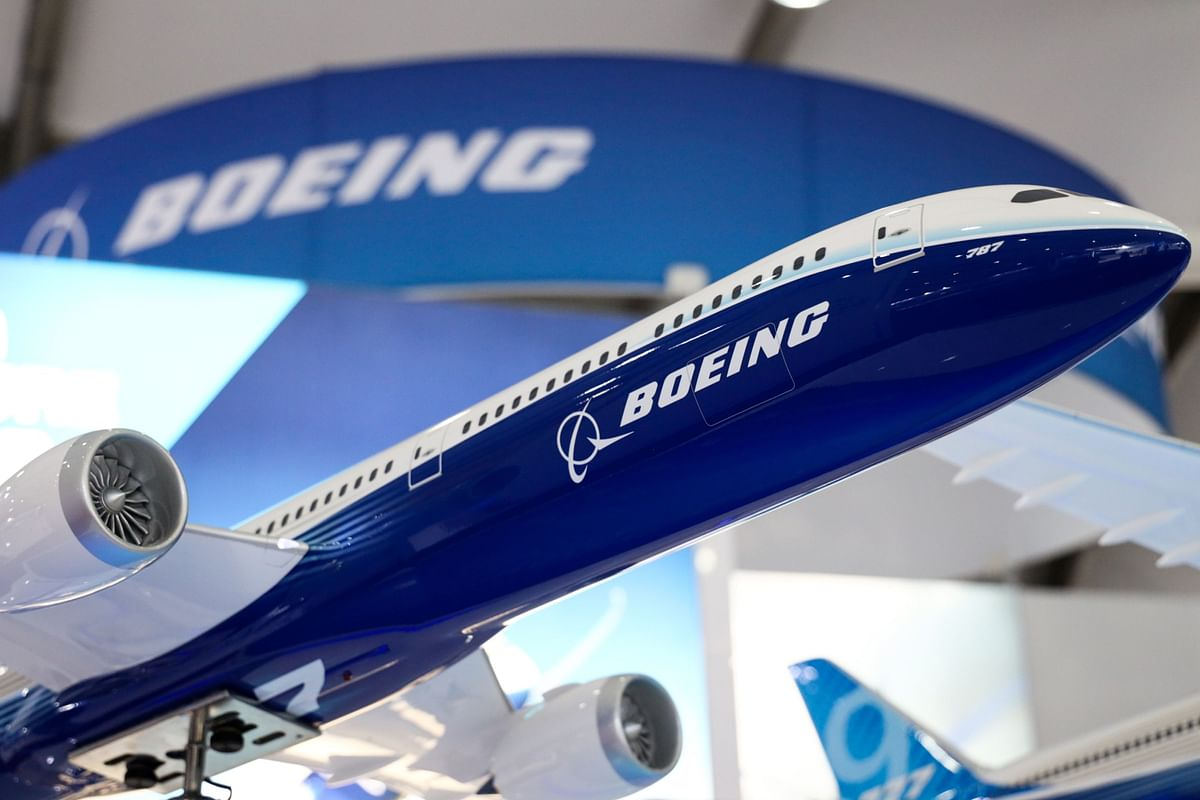 A model of Boeing Co. 787 Dreamliner aircraft is displayed during media day at the Seoul International Aerospace & Defense Exhibition (ADEX) at Seoul Air Base in Seongnam, South Korea. (Photographer: SeongJoon Cho/Bloomberg)