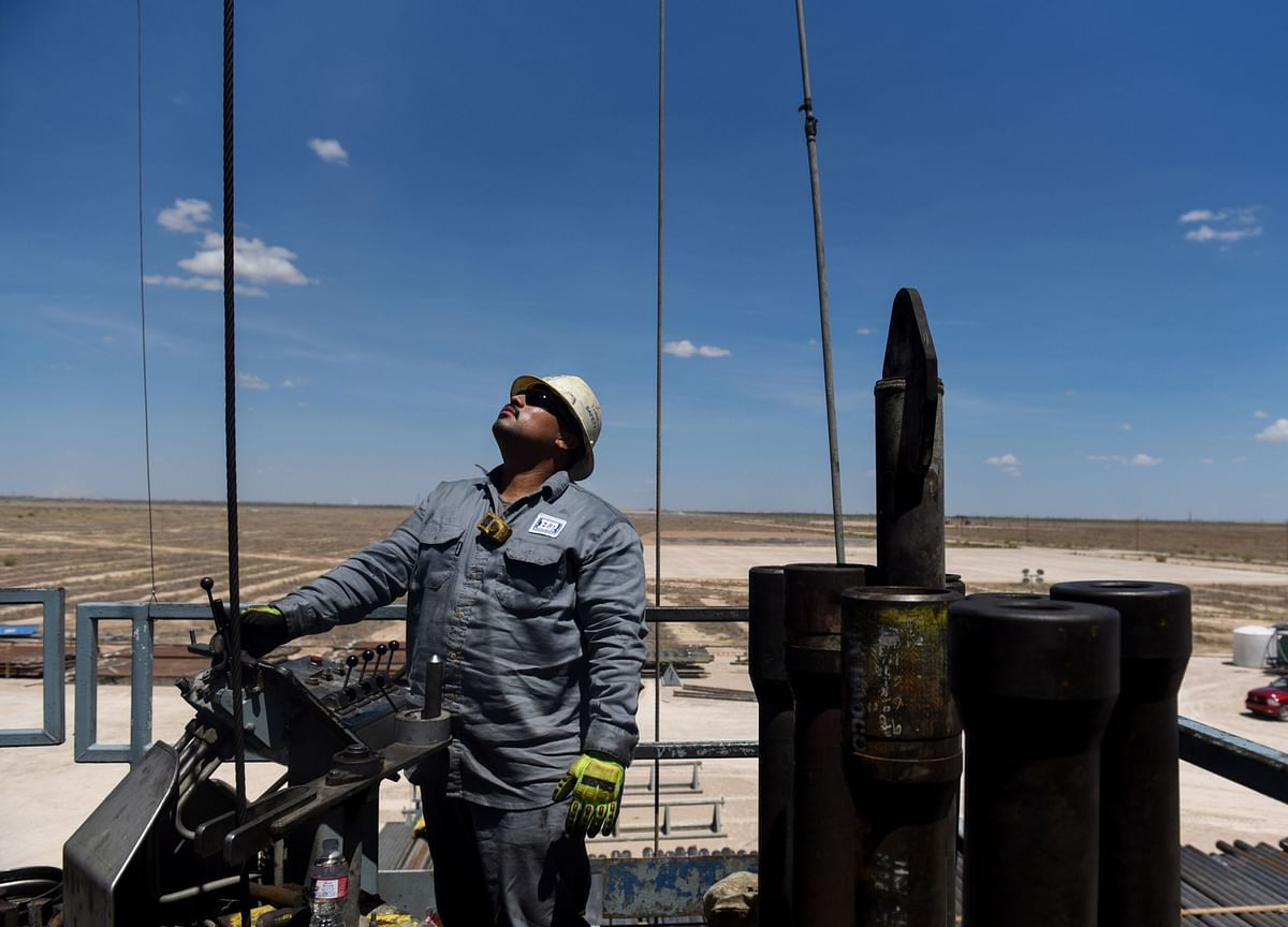 Oil's Contractors Are Contracting, and That's Good