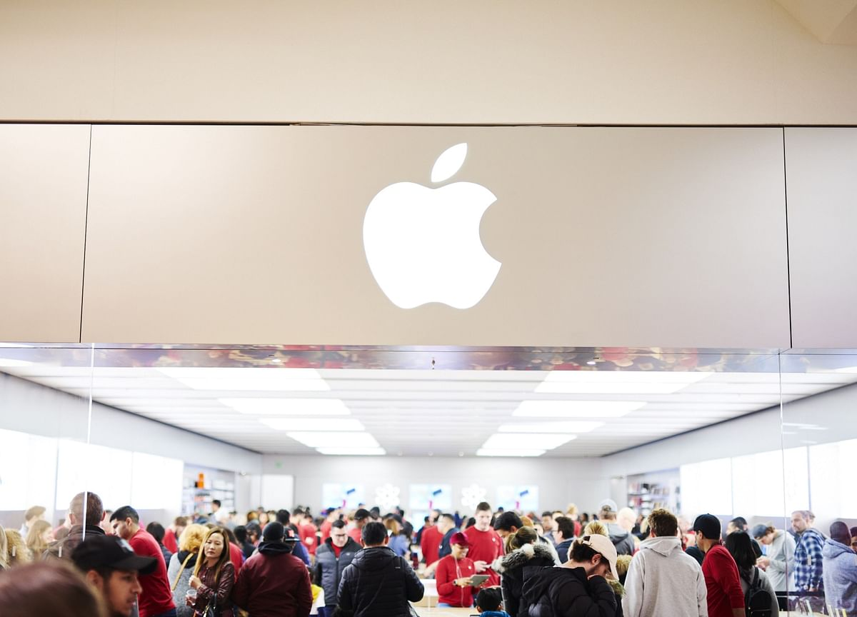 Apple to Close Stores in China Through Feb. 9 on Virus Fears