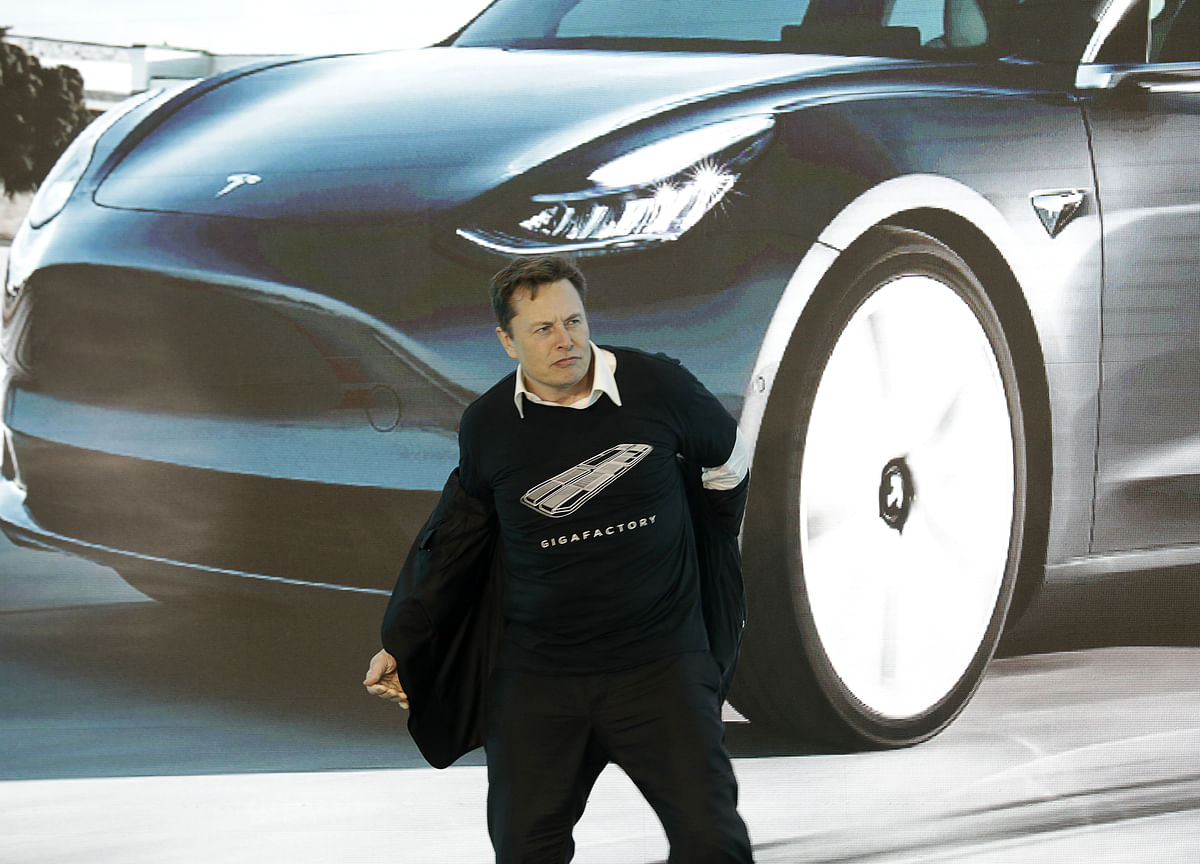 Musk's Moonshot Pay Package Doesn't Seem That Crazy Anymore