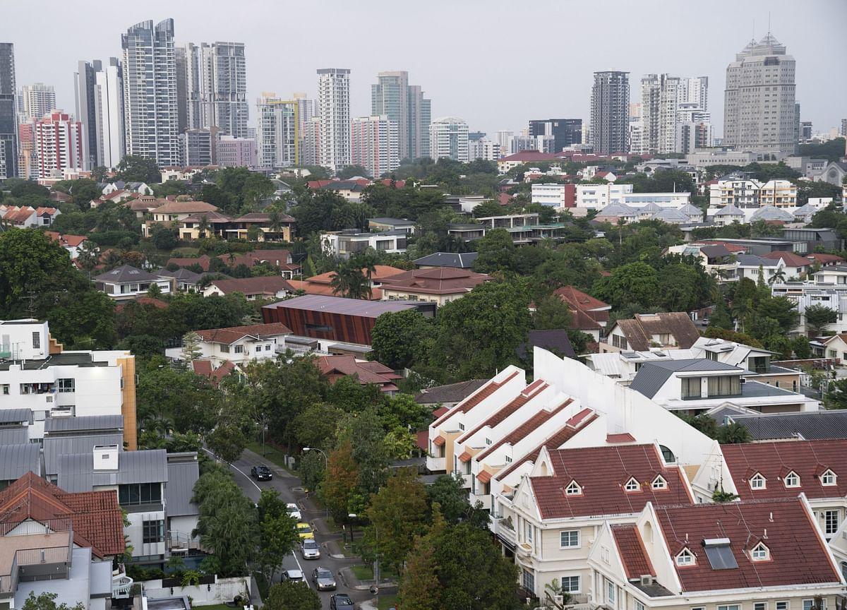 Singapore Home-Price Growth Slows as Curbs' Effects Linger