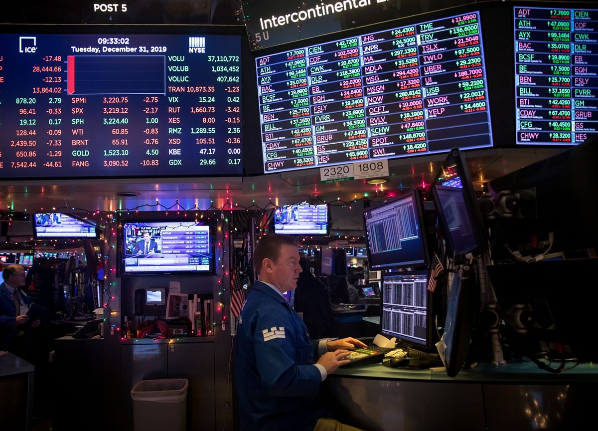 Tech Leads Stocks to Record Highs; Treasuries Drop: Markets Wrap