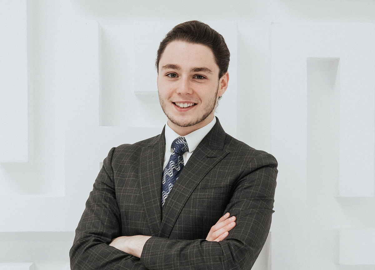 Son of Russian Billionaire Is Renting a $500-a-Month Apartment