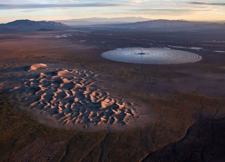A $1 Billion Solar Plant Was Obsolete Before It Ever Went Online