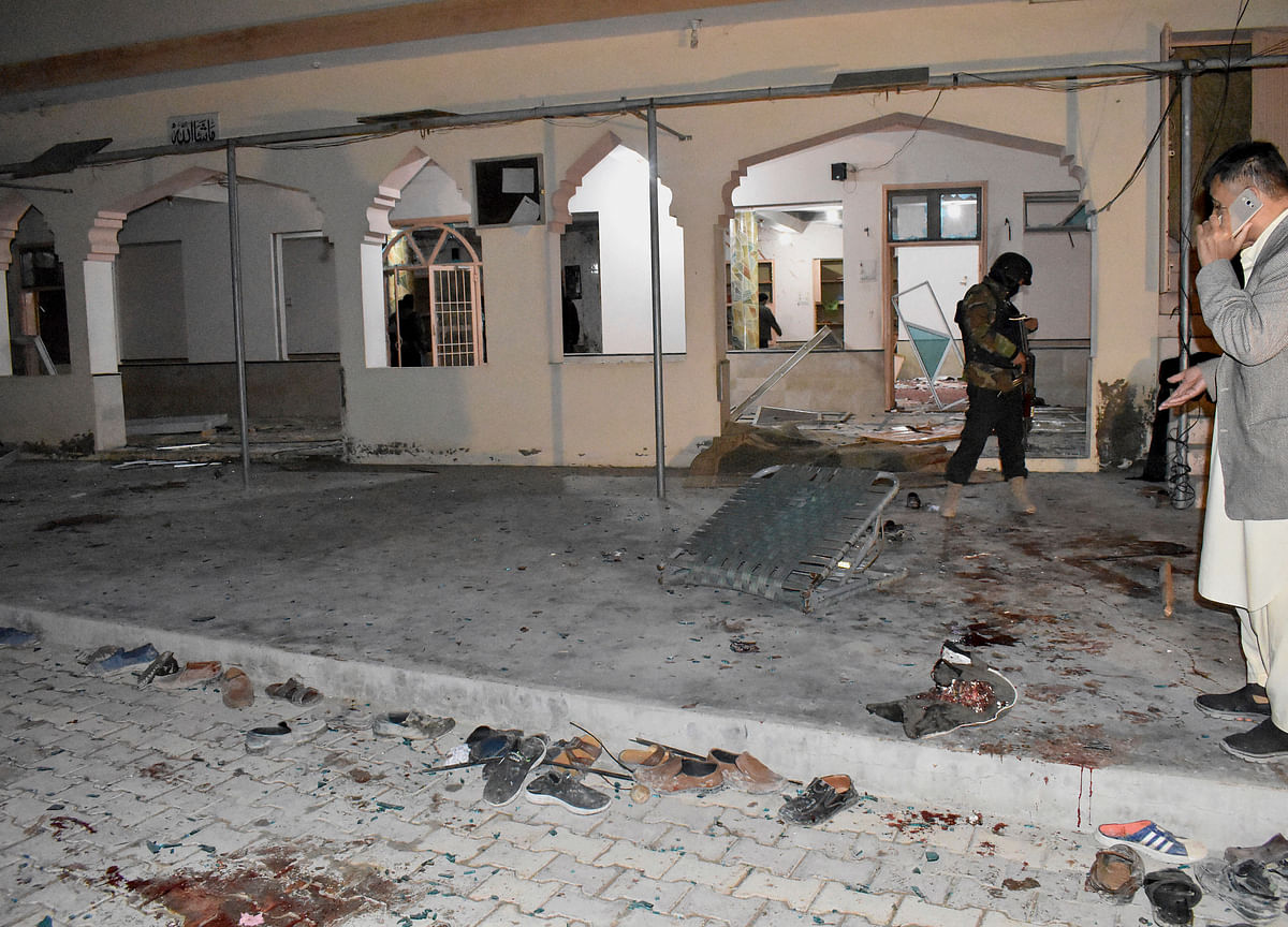 Death Toll in Pakistani Mosque Explosion Increases to 15