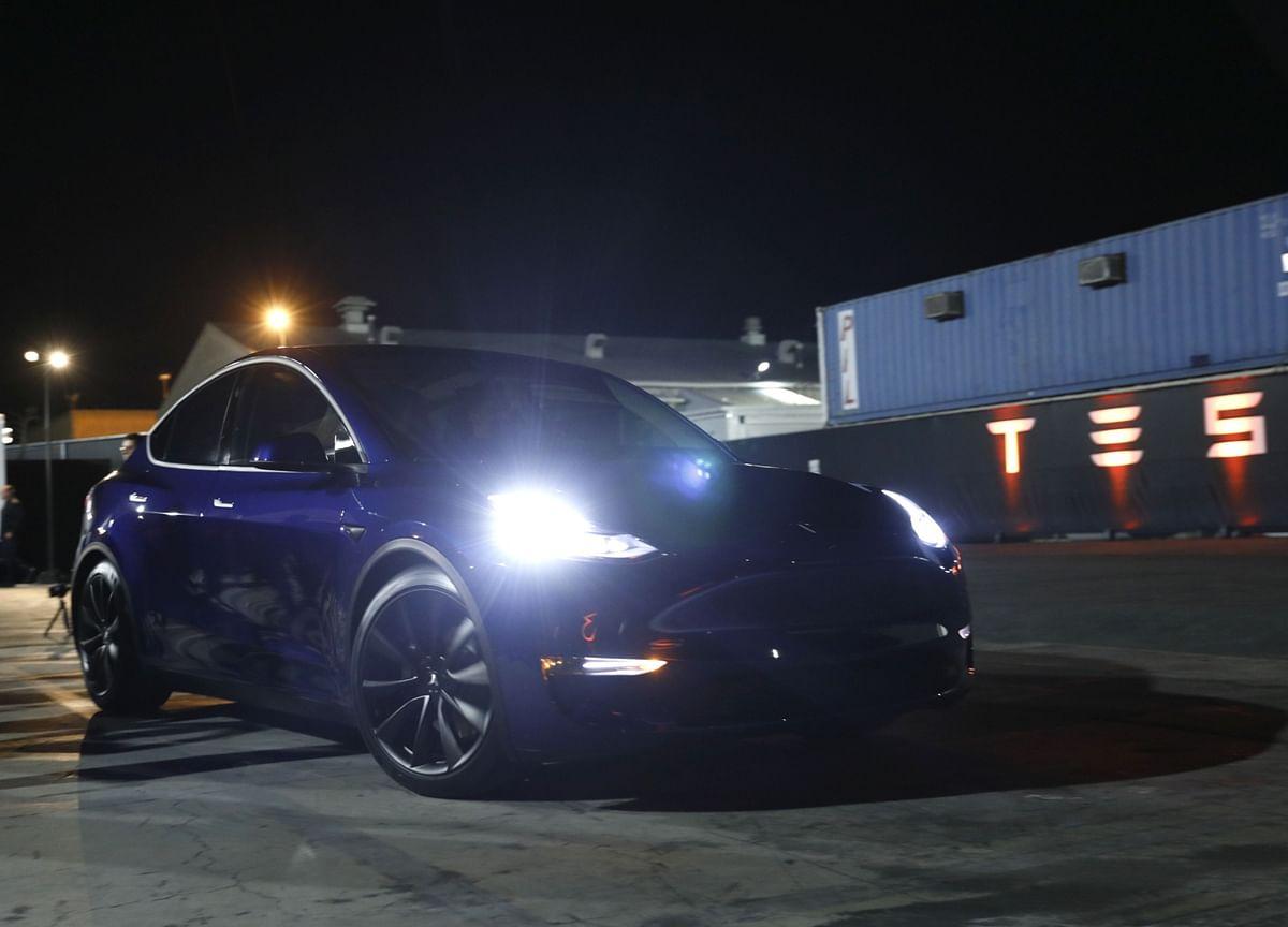 Musk's Second Blowout Quarter Sends Tesla Soaring, Burns Shorts